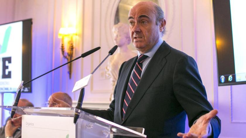 2017-06-21 La Vanguardia - Guindos ve inminente la fusión de Bankia y BMN